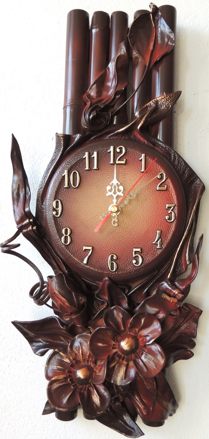 KONIAKOWY ZEGAR. BAMBOO LEATHER CLOCK STRAIGHT FROM MANUFACTURER.Кожа часы . польский производитель.